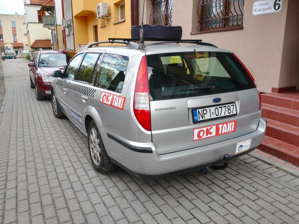 folia magnetyczna na samochód