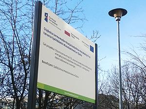 Montaz tablic unijnych